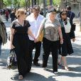 Marilou Berry et sa maman Josiane Balaskoaux obsèques de Valérie Langau cimetière de Montparnasse à Paris le 25 juillet 2013