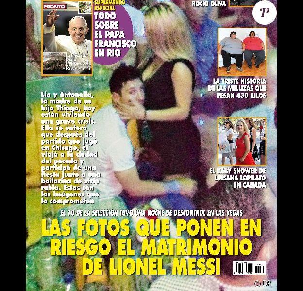 Lionel Messi, pris en flagrant délit avec une strip-teaseuse en boîte de nuit, fait la couverture du magazine argentin Pronto.