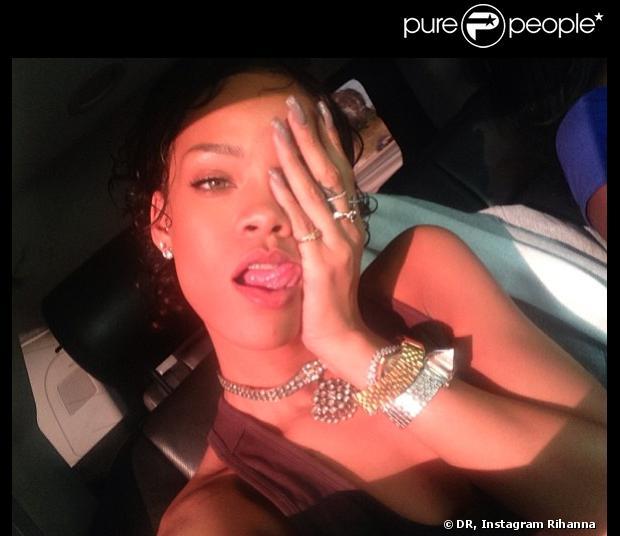 Nouvelle Coupe Rihanna: Rihanna A Une Nouvelle Coupe De Cheveux ! La Chanteuse L'a