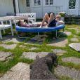 Les neuf petits de Milly Kakao, nés le 15 juin 2013, ont nonuplé le bonheur de la famille du prince Haakon et de la princesse Mette-Marit de Norvège, qui s'est prêtée à une séance photo pleine de tendresse la deuxième semaine de juillet dans sa maison de vacances de Kristiansand, dans le sud du pays.