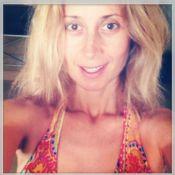 Lara Fabian : En maillot de bain et au naturel, elle profite des vacances