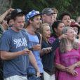 La foule était nombreuse pour apercevoir le couple présidentiel sur l'île de Martha's Vineyard, le 10 août 2013