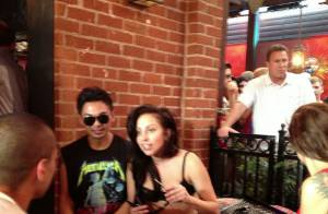 Lady Gaga : Fiesta dans un bar gay, resto en amoureux et toujours aussi dénudée