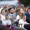 Le prince Carl Philip de Suède en famille lors des célébrations du 36e anniversaire de sa soeur Victoria, le 14 juillet 2013