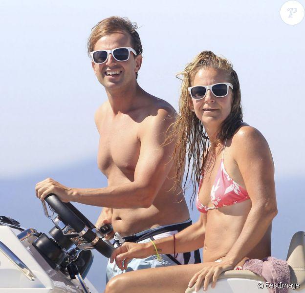 Exclusif - L'ancienne joueuse de tennis Arantxa Sanchez-Vicario et son mari Josep passent leurs vacances à Ibiza le 12 août 2013.