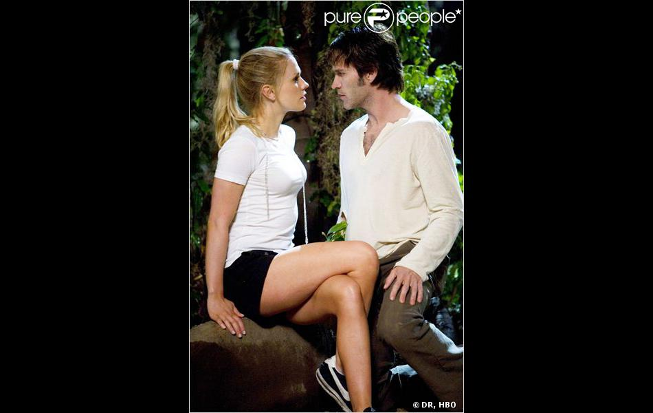 Anna Paquin et Stephen Moyer dans la saison 1 de True Blood (2008).