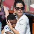 Sandra Bullock et son fils Louis à Venise le 27 août 2013