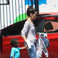 Sandra Bullock avec son fils Louis à Los Angeles le 30 juillet 2013