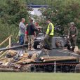 """Exclusif - Prix Special - Brad Pitt apprend a conduire un tank sur le tournage de """"Fury"""" au Royaume Uni le 3 septembre 2013.  Exclusive - For Germany call for price - Amazing pictures of Brad Pitt learning to drive a tank for his new film """"Fury"""" in the English Countryside on September 3rd, 2013. Brad is being taught the art of driving an American World War 2 tank by a local instructor for his new film which starts filming next month.03/09/2013 -"""