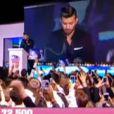 Vincent hué par le public lors de la grande finale de Secret Story 7, le vendredi 13 septembre 2013 sur TF1.