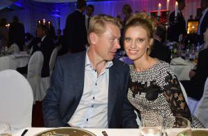 Mika Häkkinen : Sa belle Marketa attire les regards devant Samuel L. Jackson