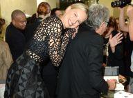 Fashion Week : Karolina Kurkova ravissante à Milan pour la Fashion Night Out