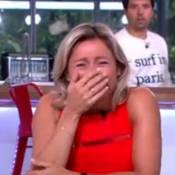 Anne-Sophie Lapix : Incontrôlable fou rire en direct dans C à vous...