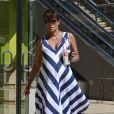 Halle Berry très enceinte, va acheter un smoothie au Jamba Juice à Studio City, le 23 septembre 2013.