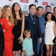 Michael C. Hall, Julie Benz, Yvonne Strahovski, Jennifer Carpenter, Aimee Garcia et tout le reste du casting à la soirée de présentation de la dernière saison de Dexter, à Hollywood, le 15 juin 2013.
