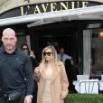Kim Kardashian déjeune au restaurant  L'Avenue  à Paris, le 30 septembre 2013.