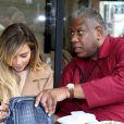 Kim Kardashian déjeune avec André Leon Talley au restaurant  L'Avenue  à Paris, le 30 septembre 2013.