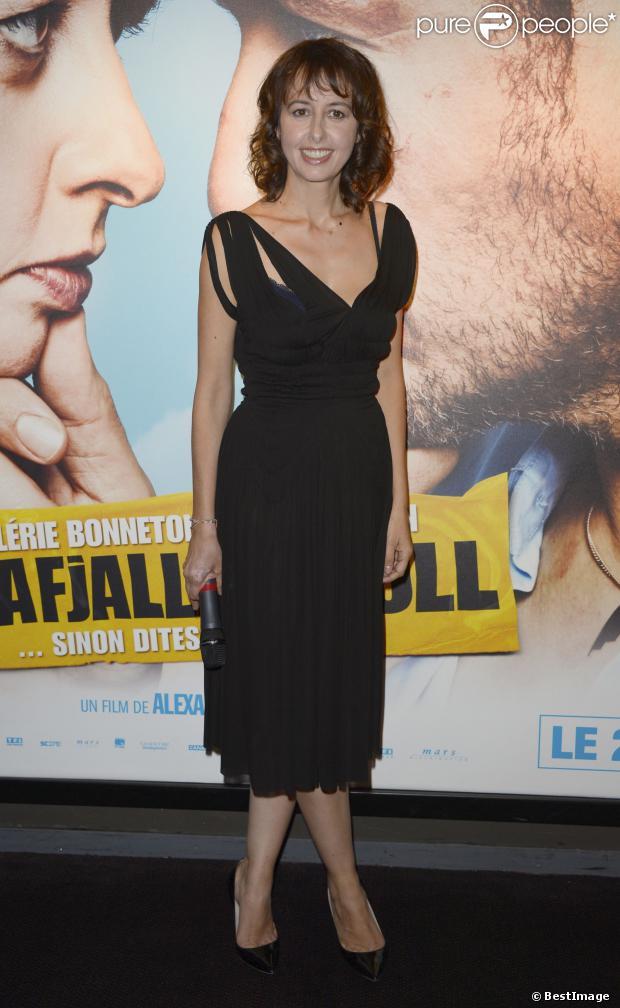 """Valérie Bonneton lors de l'avant-première du film """"Eyjafjallajoküll"""" à l'UGC Bercy à Paris le 30 septembre 2013"""