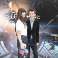 """Hailee Steinfeld et Asa Butterfield pendant le photocall du film """"La stratégie Ender"""" à l'hôtel Mandarin à Paris, le 2 octobre 2013."""