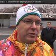 Le prince Albert II de Monaco a pris part au début du relais de la flamme olympique des Jeux olympiques de Sotchi 2014 le 7 octobre 2013 à Moscou.
