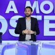 Cyril Hanouna présente Touche pas mon poste à Paris le 10 octobre 2013.