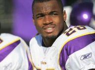 Adrian Peterson (NFL) : Le meurtrier présumé de son fils remis en liberté