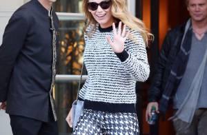 Blake Lively : Parisienne chic pour une sortie remarquée