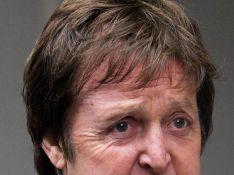 Malgré son divorce chaotique, Paul McCartney écrit une chanson d'amour à Heather Mills...