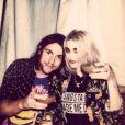 Frances Bean Cobain (qui a fêté ses 21 ans le 18 août 2013) avec son fiancé Isaiah Silva.