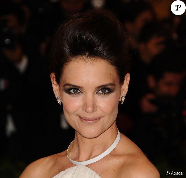 Le même beauty look que Katie Holmes : on copie son regard glamour