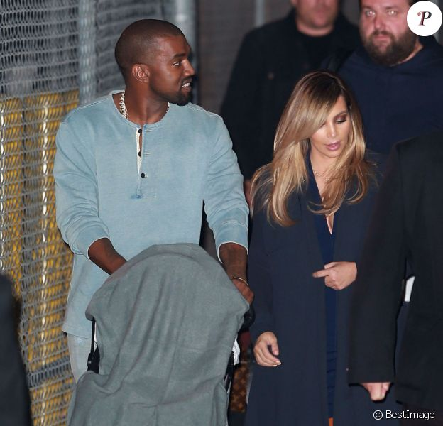 Kanye West, Kim Kardashian et leur fille North West à Hollywood, le 9 octobre 2013.