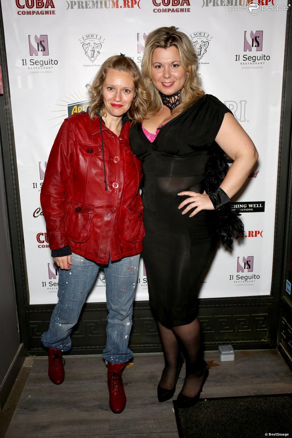 """Exclu - Cindy Lopes et Magalie Madison au restaurant Il Seguito à Paris, le 7 novembre 2013, lors de la soirée """"Cindy Lopes cuisine pour vous"""""""