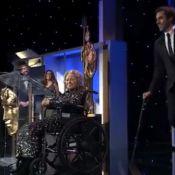 Sacha Baron Cohen ''tue'' une vieille dame en fauteuil roulant
