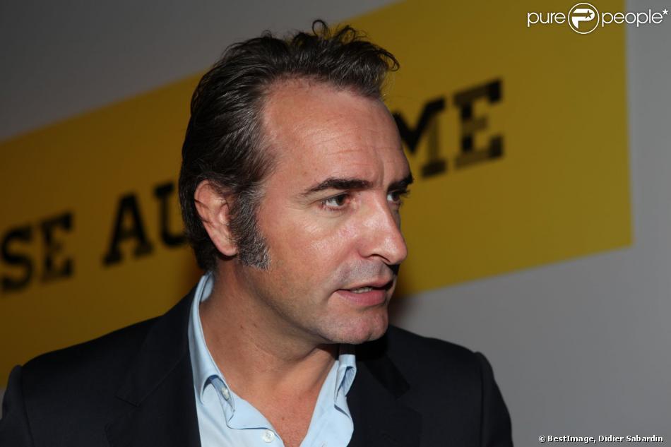 Jean dujardin lors de la remise du prix polar quai des for Edition dujardin