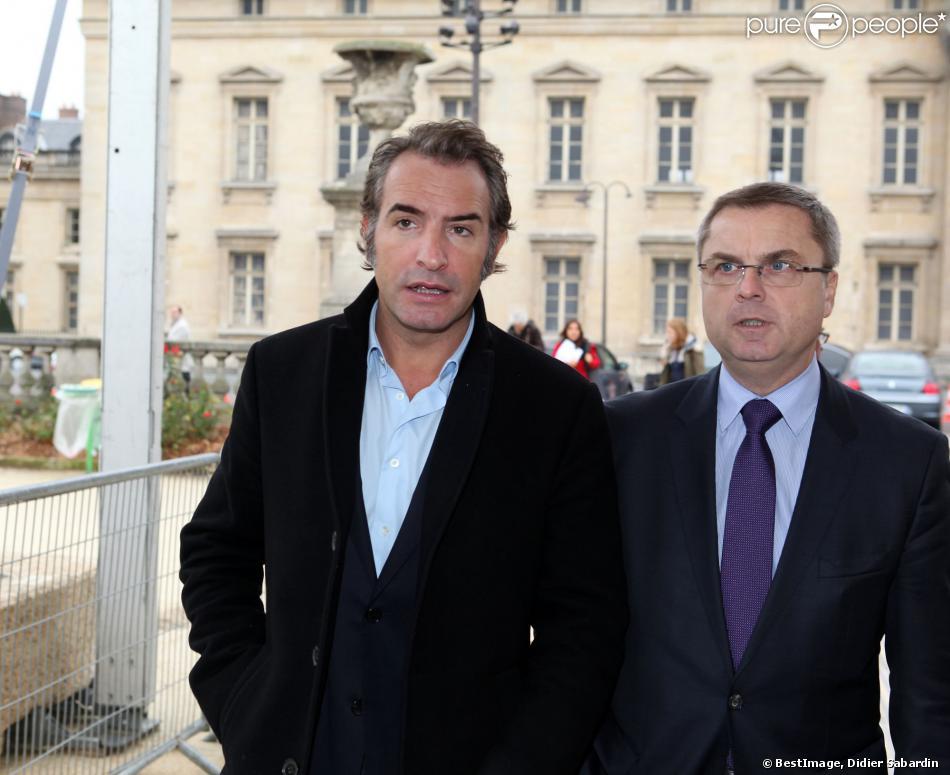 Jean dujardin et christian flaesch directeur de la police for Dujardin herve