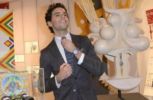 Mika : Le coach de The Voice dévoile ses totems délirants pour Swatch