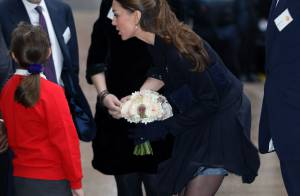 Kate Middleton : Jupe soulevée, la superbe duchesse la joue Marilyn Monroe