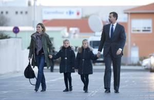 Letizia d'Espagne : Au côté de Felipe et des enfants pour soutenir Juan Carlos