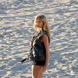 Kate Upton a passé le samedi 23 novembre sur la plage de Malibu pour un shooting photo