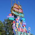 Le lundi 25 novembre, Gwen Stefani, enceinte, son mari Gavin Rossdale et leurs deux enfants Kingston et Zuma ont passé l'après-midi à Disneyland, parc d'attractions situé dans la ville d'Anaheim.