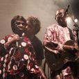Bertrant Cantat avec Amadou et Mariam sur la scène du festival de Langon, le 29 juillet 2012.