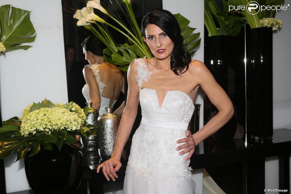 Exclusif - Sylvie Ortega Munos, femme de Ludovic Chancel au défilé de la maison de couture Anahid Sinsek, le 28 novembre 2013 à l'hôtel Renaissance Paris Arc de Triomphe.