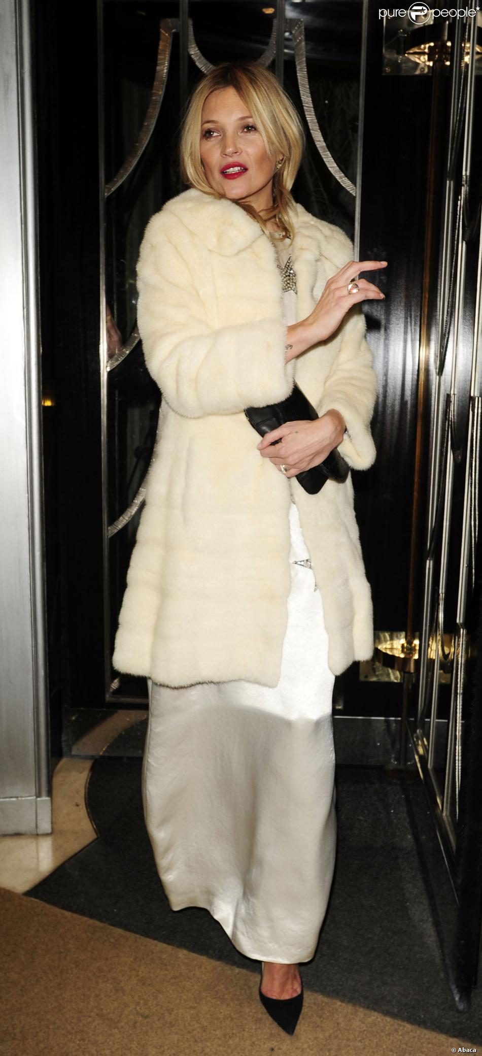 Kate Moss a assisté à la soirée d'anniversaire du magazine Playboy au Playboy Club. Londres, le 2 décembre 2013.