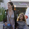 Courteney Cox fait du shopping avec sa fille Coco à Brentwood, le 31 octobre 2012.