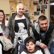 Jérémy Ménez et Christophe Jallet: Stars du PSG tout sourire auprès d'handicapés