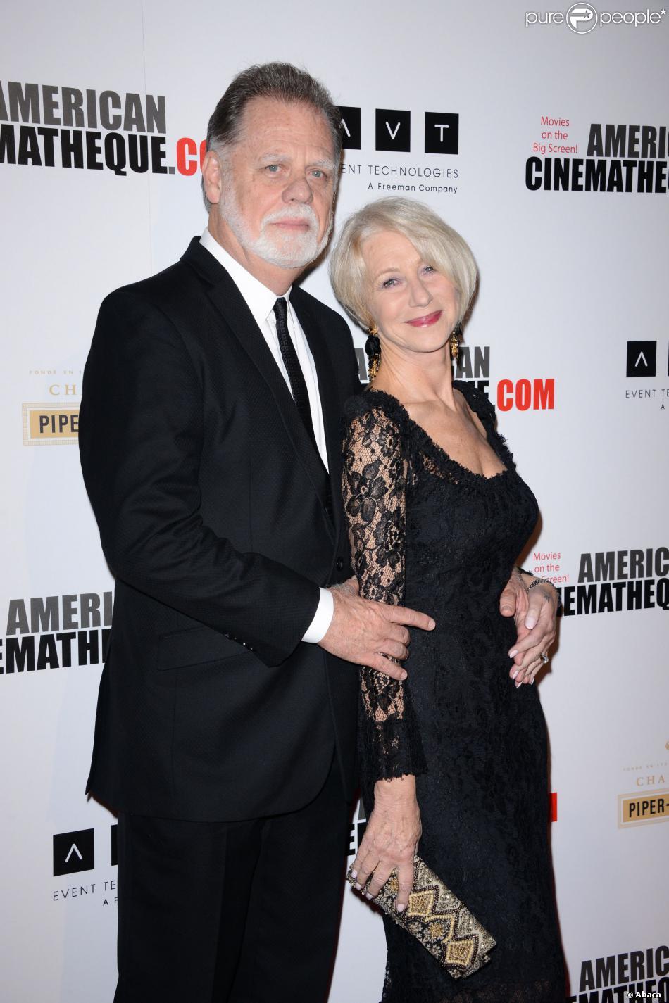 Taylor Hackford et sa femme Helen Mirren lors des 27e American Cinematheque Awards qui honorent Jerry Bruckheimer à Beverly Hills le 12 décembre 2013