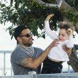 Ricky Martin avec son compagnon Carlos et leurs enfants Matteo et Valentino, à Sydney, le 29 mai 2013.