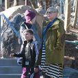 Exclusif - Gwen Stefani achève ses vacances au ski avec son mari Gavin Rossdale et leurs fils Kingston et Zuma. Mammoth, le 5 janvier 2014.