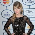 Taylor Swift lors de la soirée pré-Grammys organisée par le producteur Clive Davis à Los Angeles, le 25 janvier 2014.