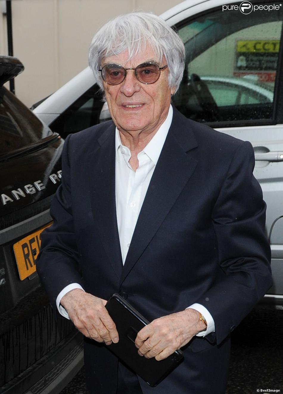 Exclusif - Bernie Ecclestone est allé déjeuner avec ses filles Petra et Tamara Ecclestone au restaurant Scallini à Londres le 06 février 2014
